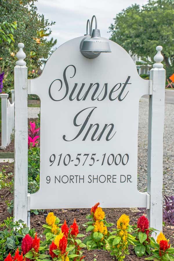 SunsetInnSign