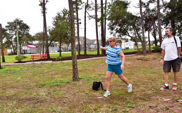 Sheila & Ken Disc Golf Brunswick NC